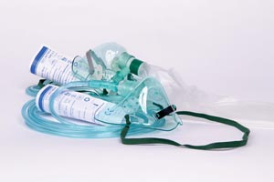 Amsino AS74010 Oxygen Mask Adult Standard Medium Concentration with 7 ft Tubing 50/cs