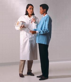 Halyard Basic Lab Coat Case 10121 by Halyard Health